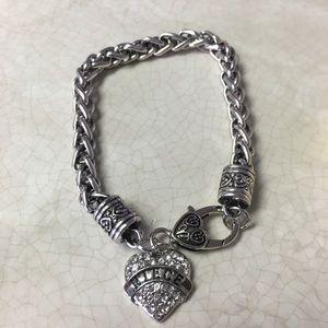 """Jewelry - Niece bracelet 8"""" length"""